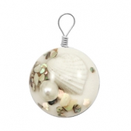 Charms with shell 20mm White