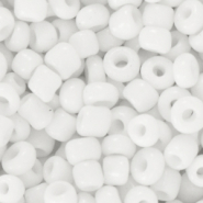 Glass seed beads 6/0 (4mm) White