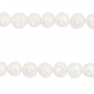 Freshwater pearls nugget 5-6mm White