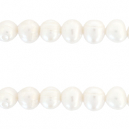 Freshwater pearls round 10mm Natural White