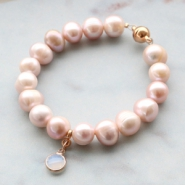 Inspirational Sets Classy jewellery with freshwater pearls