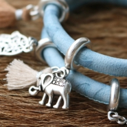 Inspirational Sets Rough & chic, faux leather bracelets
