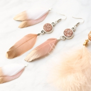 NEW New: several designs summer feathers!