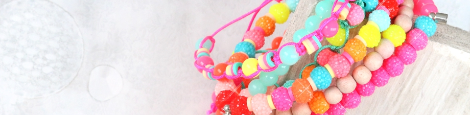 New colours acrylic beads and sparkling beads!
